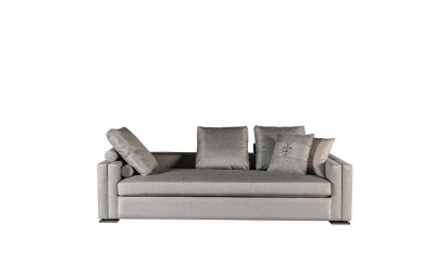 Luxury Living Rom Furniture Carina sofa 06