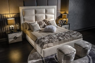 Modern bedroom furniture Noir collection - Luxury Living Room